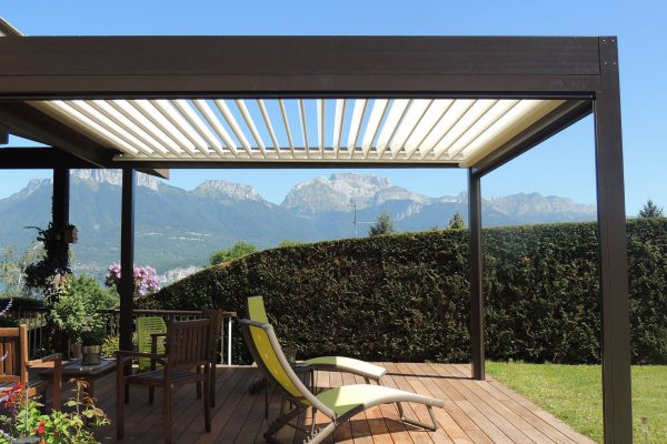 Louvered Pergola